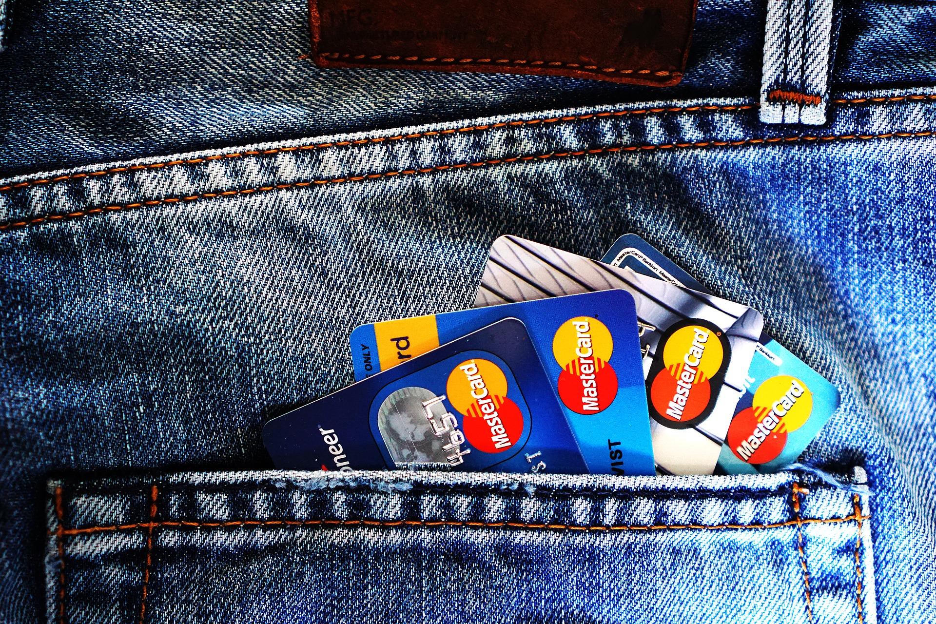 Dati positivi sull'e-payment e sulla fattura elettronica.